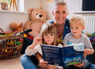"""Anmeldelse af """"Til det dejligste barn i verden"""" af Karen Fogh andersen"""